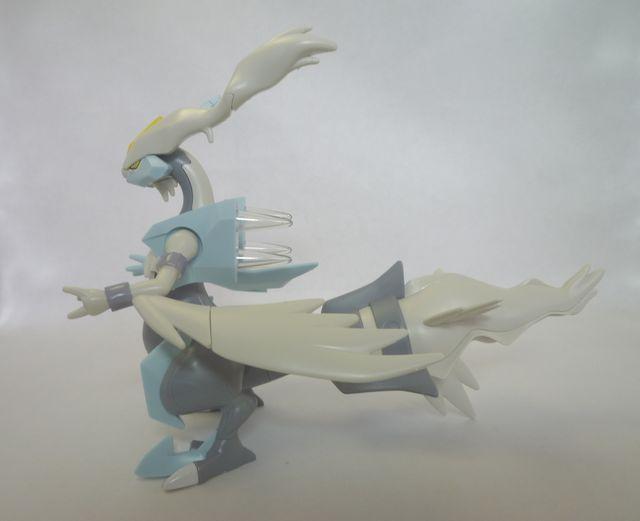 画像5:ポケモンのプラモデルを購入&組み立て - ホワイトキュレム