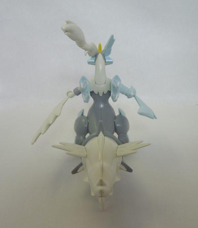 画像6:ポケモンのプラモデルを購入&組み立て - ホワイトキュレム