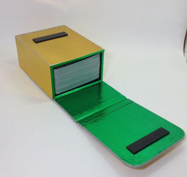 画像4:トレーディングカードケース