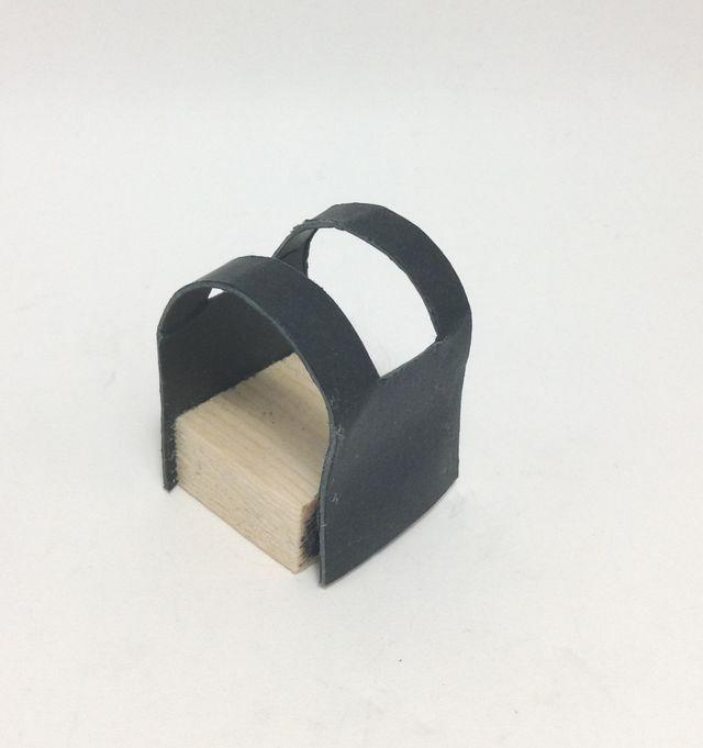 画像2:手作りモーターベース