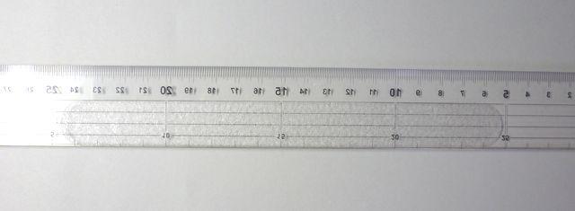画像2:滑り止め定規(2)